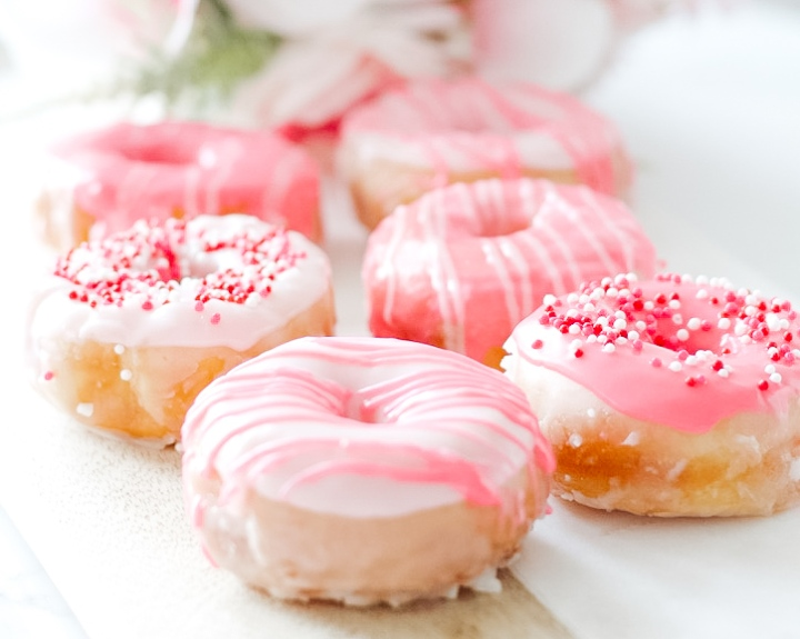 "The ""Lazy"" (Quick) Guide to Pretty Donuts"