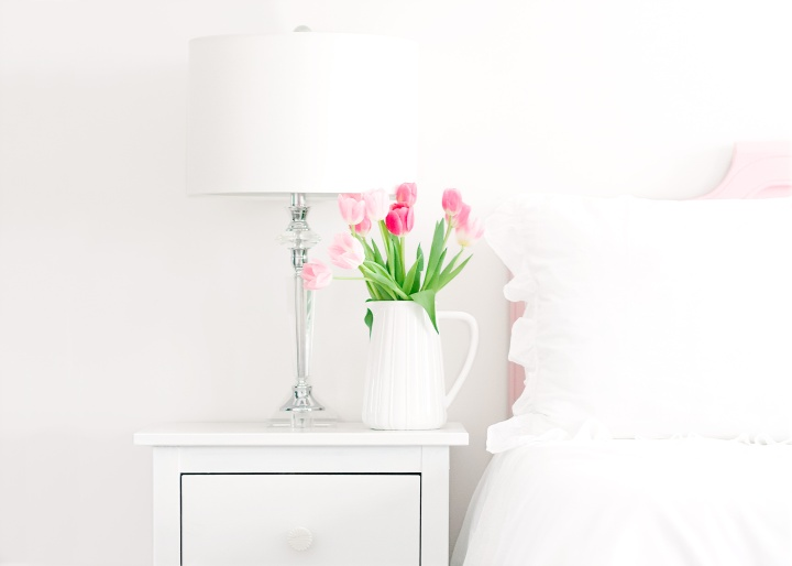 How to Refresh Your Bedroom for Spring